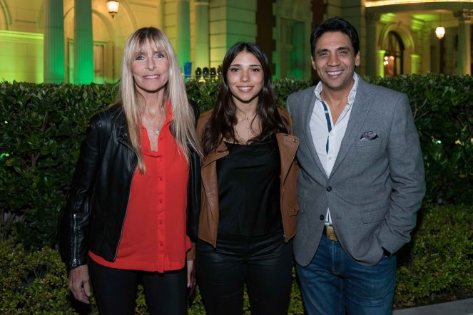 Coco Fernández, junto a su mujer Virginia de Elizalde y su hija Sol