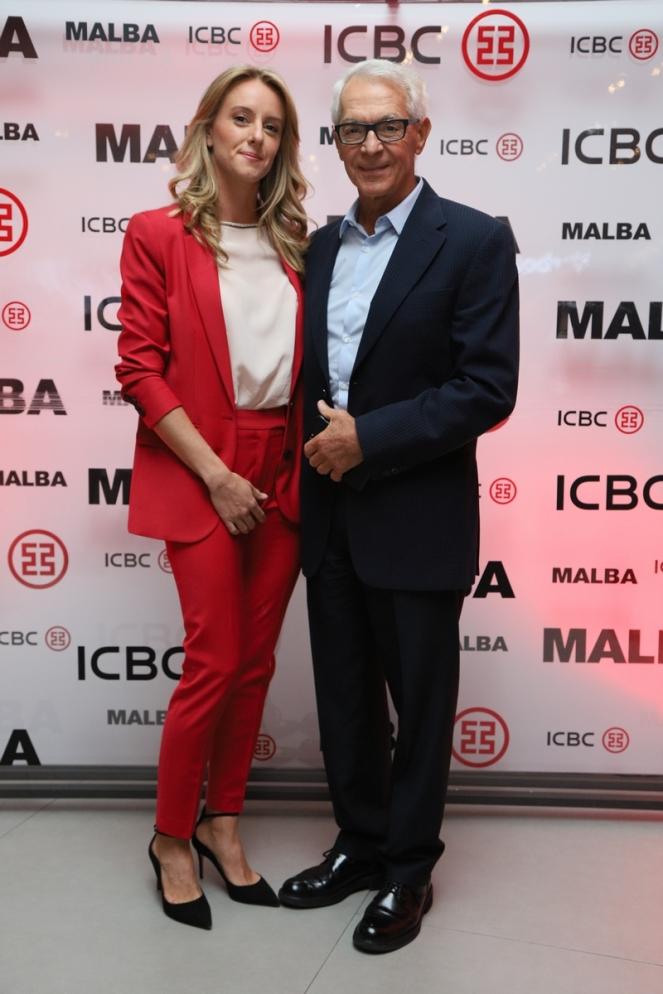 Eduardo Costantini y su novia Estefanía (2)